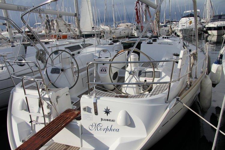 Discover Split region surroundings on this Sun Odyssey 40.3 Jeanneau boat