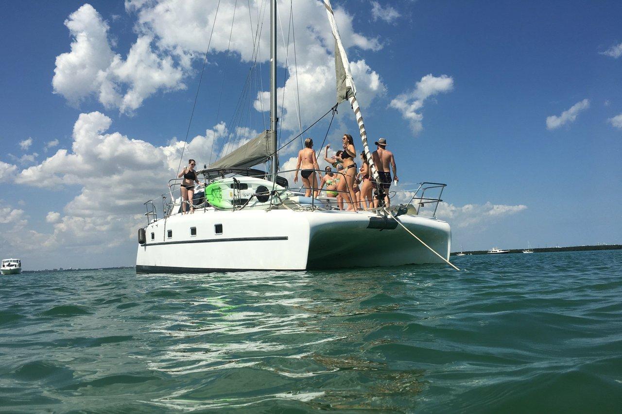 Miami Boat Rentals and Yacht Charters | Sailo