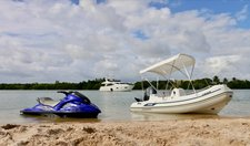 thumbnail-11 Ferretti 76.0 feet, boat for rent in Miami Beach,