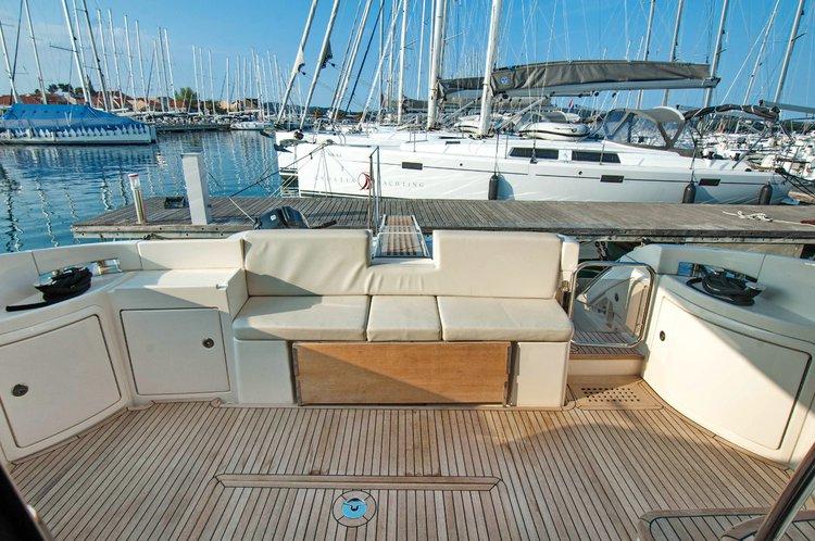 Boat for rent Azimut / Benetti Yachts 42.0 feet in Marina Kornati, Biograd,