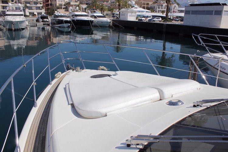 Charter this amazing Azimut / Benetti Yachts in Montenegro