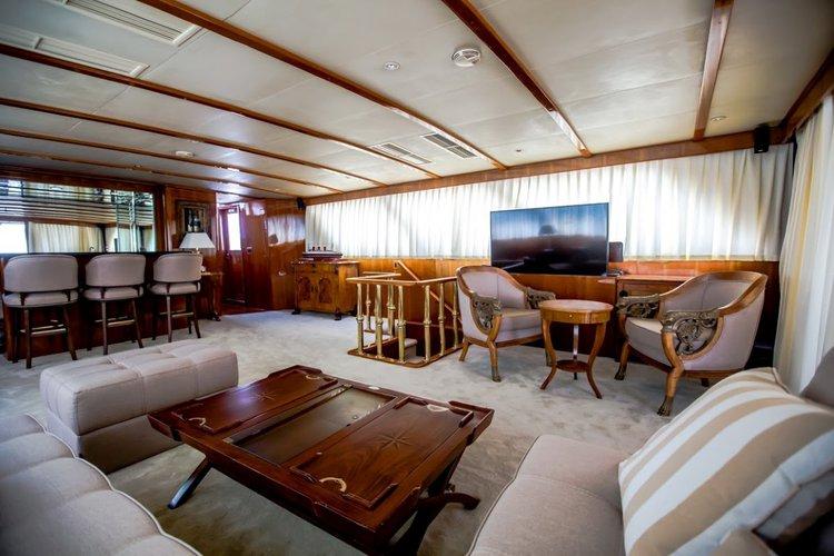 Boat for rent Broward 99.0 feet in Marina Lav - Podstrana, Croatia