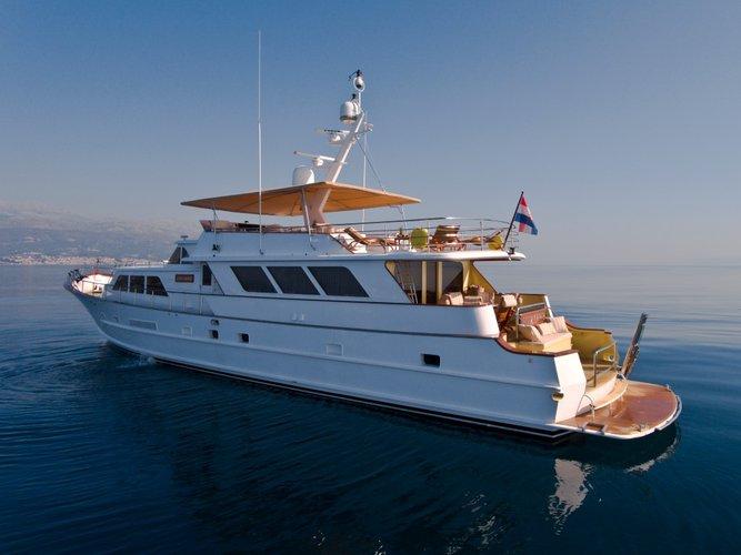 Boating is fun with a Motor yacht in Split region