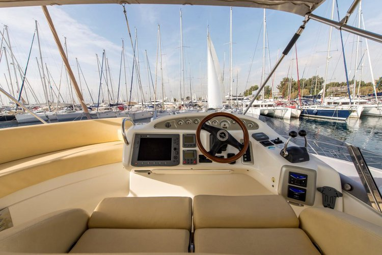 Boating is fun with a Motor yacht in Saronic Gulf