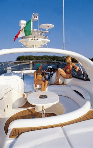 Discover Sicily surroundings on this Cranchi Mediterranee 50 Cranchi boat