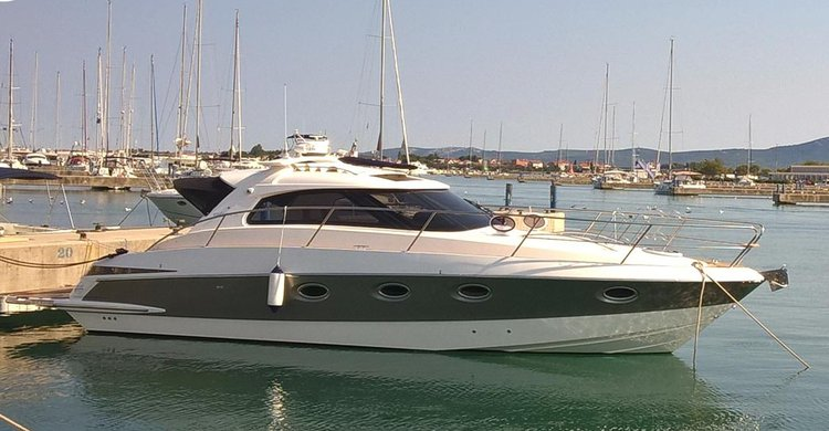 ELAN MOTOR YACHTS d.o.o.'s 36.0 feet in Split region