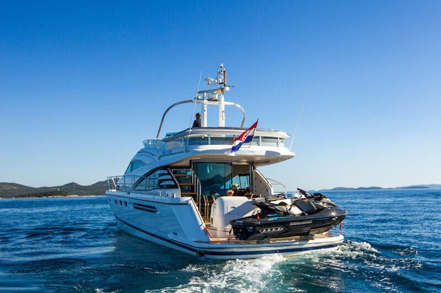 Discover Zadar region surroundings on this Fairline Squadron 58 Fairline Boats boat