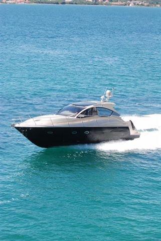 This 39.0' Grginić jahte cand take up to 7 passengers around Split region