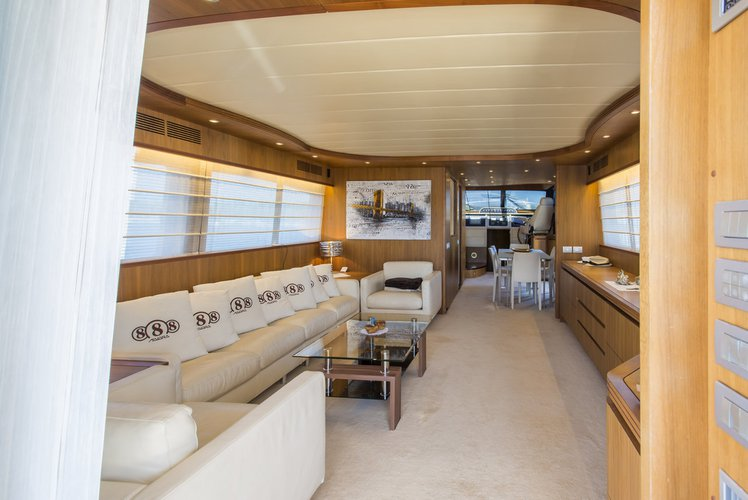 Discover Split region surroundings on this Maiora 23 S Maiora - Fipa Group boat