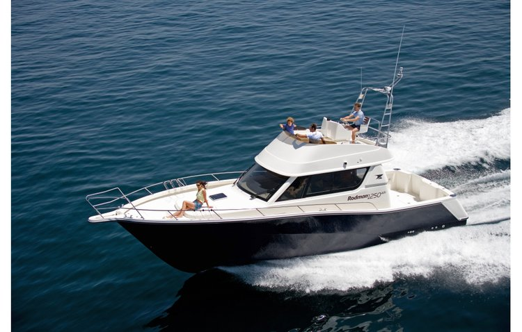 Charter this amazing Rodman RODMAN 1250 ADV in Azores