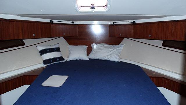 This 44.0' SAS - Vektor cand take up to 7 passengers around Zadar region