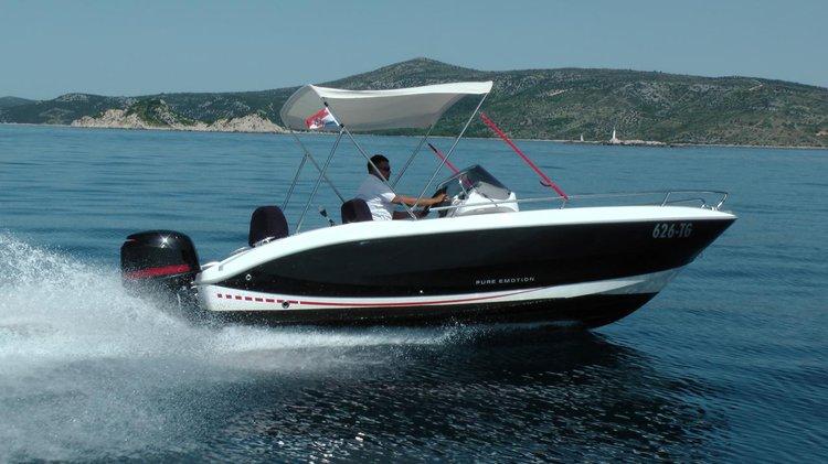 18.0 feet Sessa Marine in great shape