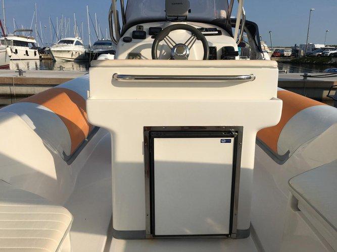 Discover Zadar region surroundings on this BAT 745 FB Bat boat
