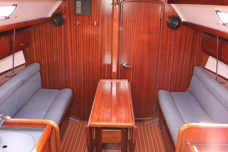 This 31.0' Bavaria Yachtbau cand take up to 4 passengers around Istra