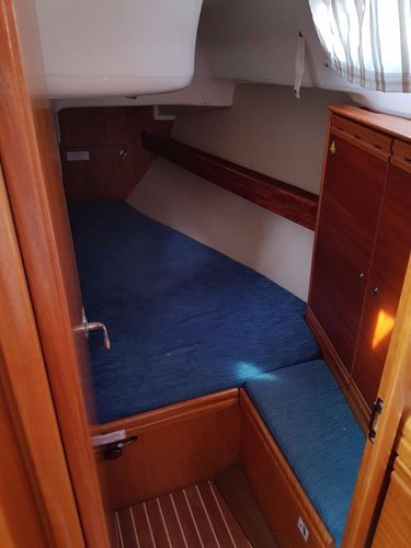 Discover Aegean surroundings on this Bavaria 33 Cruiser Bavaria Yachtbau boat