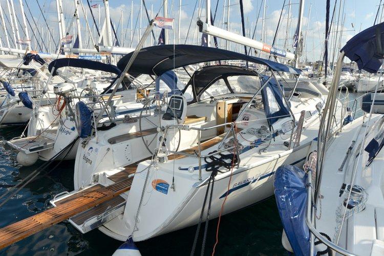Discover Zadar region surroundings on this Bavaria 38 Cruiser Bavaria Yachtbau boat