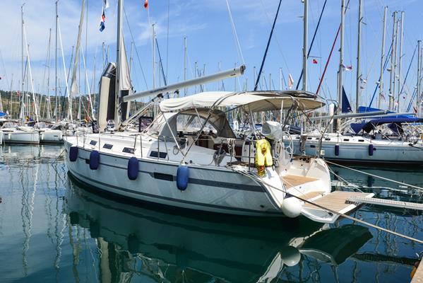 Boat for rent Bavaria Yachtbau 39.0 feet in Aegean, Turkey