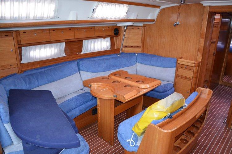 This 51.0' Bavaria Yachtbau cand take up to 11 passengers around Split region