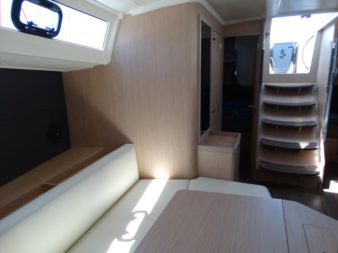 Boat for rent Bénéteau 40.0 feet in Lefkas - Marina Lefkas,