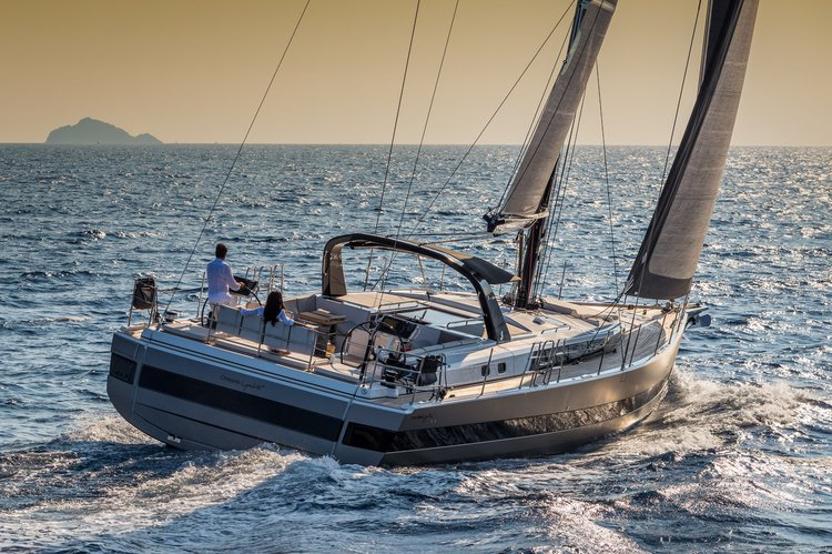 Discover Sardinia surroundings on this Oceanis Yacht 62 Bénéteau boat