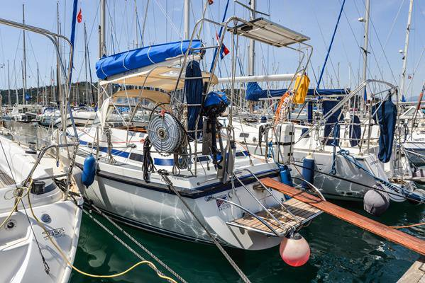 C-Yacht's 33.0 feet in Aegean