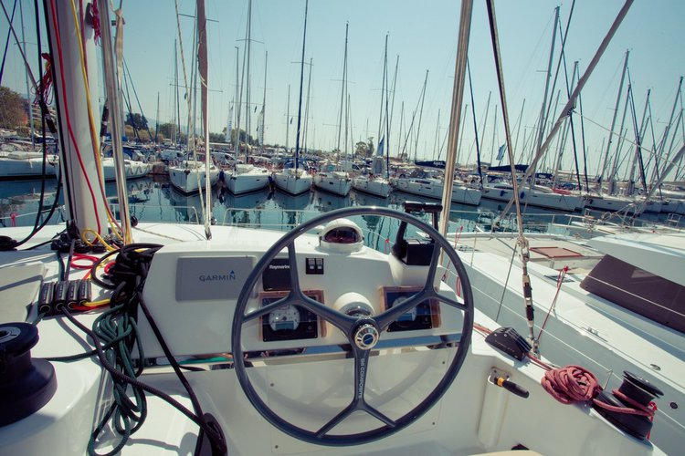 Catamaran boat for rent in Saronic Gulf