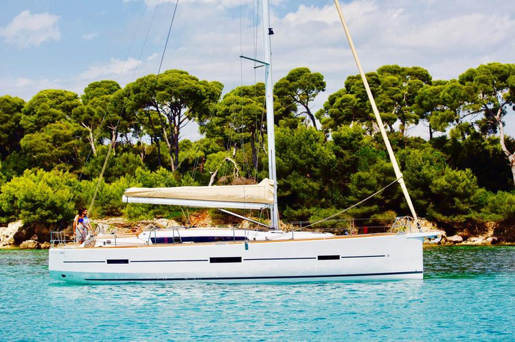 Experience Campania on board this amazing Dufour Yachts