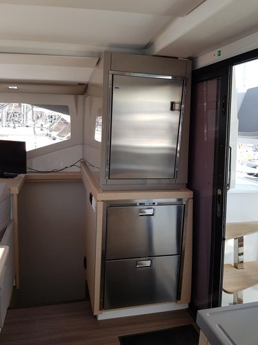 Fountaine Pajot's 38.0 feet in Zadar region