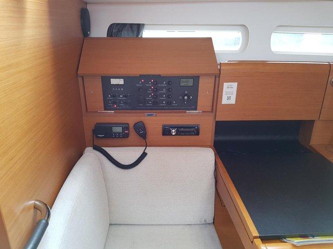 Boat for rent Jeanneau 40.0 feet in Marina Dalmacija, Sukosan,
