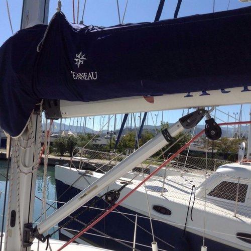 Boat for rent Jeanneau 42.0 feet in Lefkas - Marina Lefkas,
