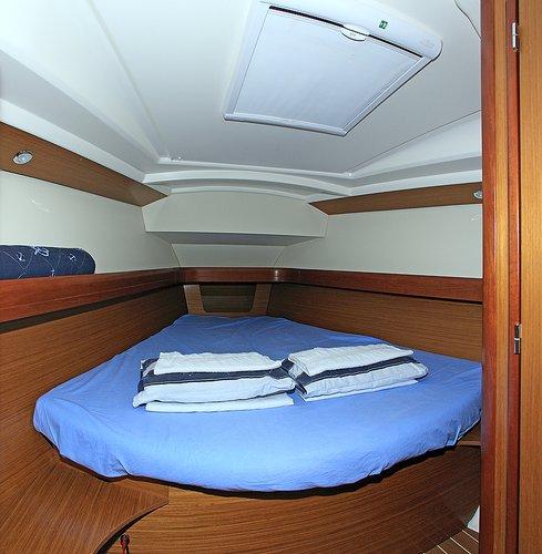 Boat for rent Jeanneau 42.0 feet in Marina Kornati, Biograd,