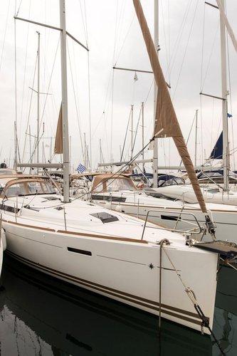 Boat rental in Saronic Gulf,