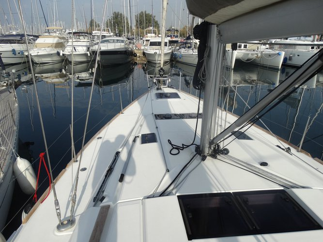 Discover Ionian Islands surroundings on this Sun Odyssey 469 Jeanneau boat