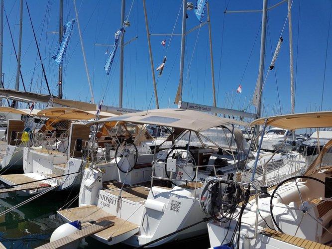 Boat for rent Jeanneau 46.0 feet in Marina Dalmacija, Sukosan,