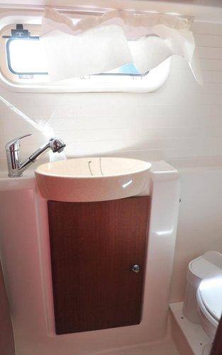 Catamaran boat rental in Corfu (Gouvia marina),