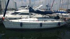 Jump aboard this beautiful Bavaria Yachtbau Bavaria 36