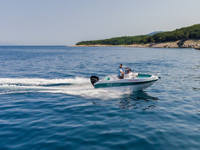 Blumax (Bluline)'s 21.0 feet in Istra