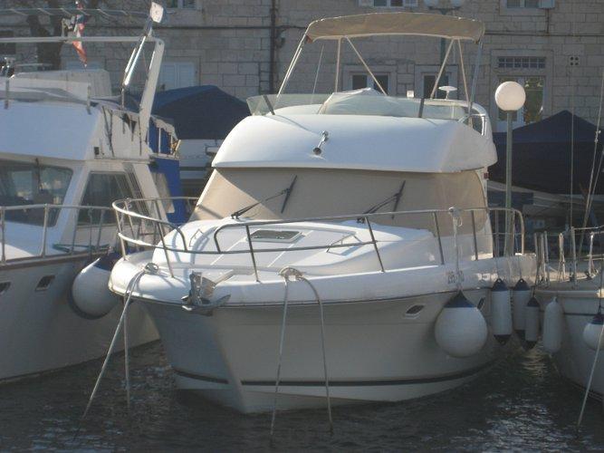Discover Split region surroundings on this Prestige 36 Jeanneau boat