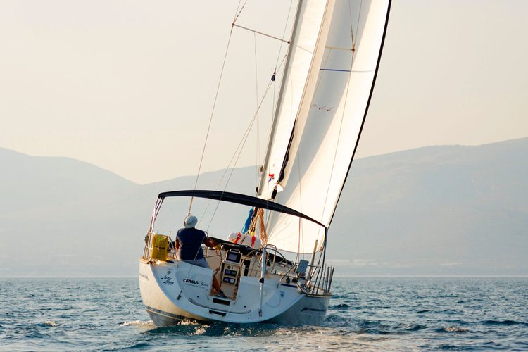 This 45.0' Bavaria Yachtbau cand take up to 10 passengers around Split region