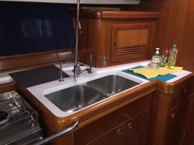 Boat for rent Bénéteau 42.0 feet in Athens - Marina Alimos (Kalamaki), Greece