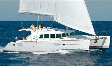 Discover Split region surroundings on this Lagoon 440 Bénéteau boat