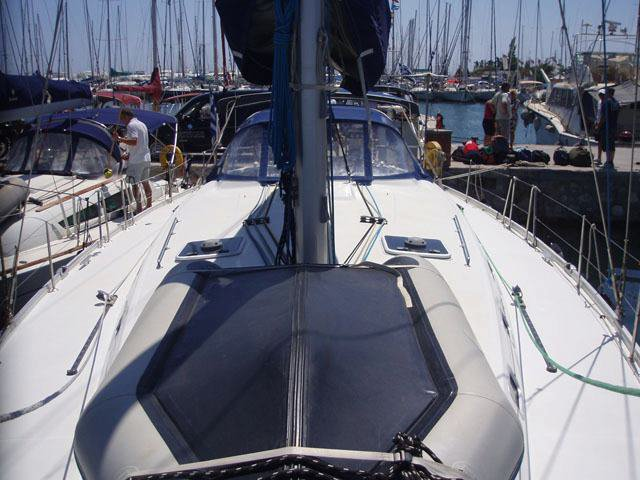 This 51.0' Bénéteau cand take up to 11 passengers around Saronic Gulf