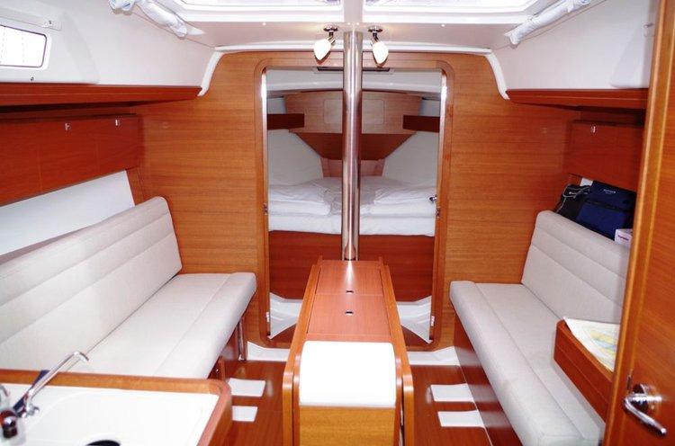 Boat for rent Dufour Yachts 33.0 feet in Marina Dalmacija, Sukosan, Croatia