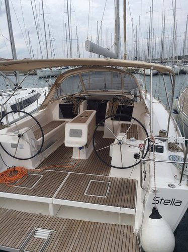 Boat for rent Dufour Yachts 40.0 feet in Marina Dalmacija, Sukosan,