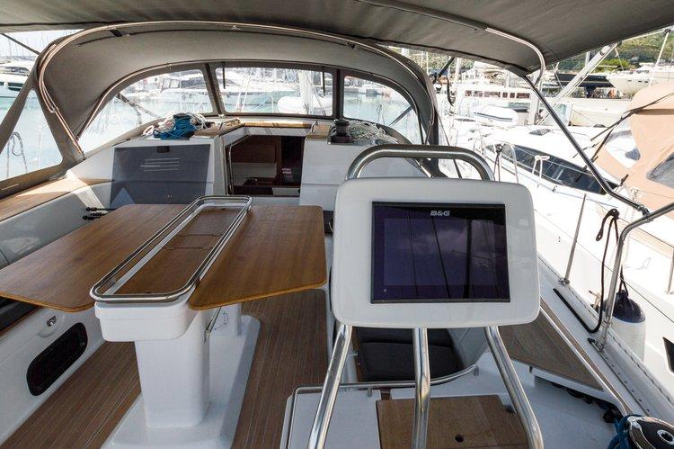 Discover Split region surroundings on this Elan Impression 50 Elan Marine boat