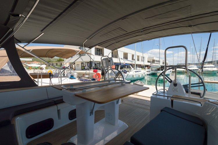 This 49.0' Elan Marine cand take up to 12 passengers around Split region