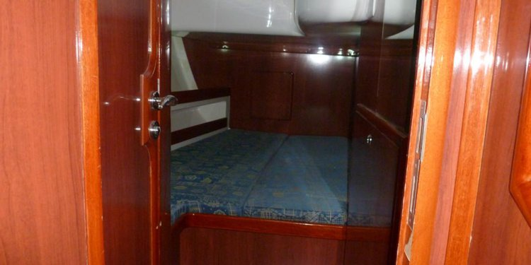 Discover Thessaly surroundings on this Ocean Star 51.2 Ocean Star boat