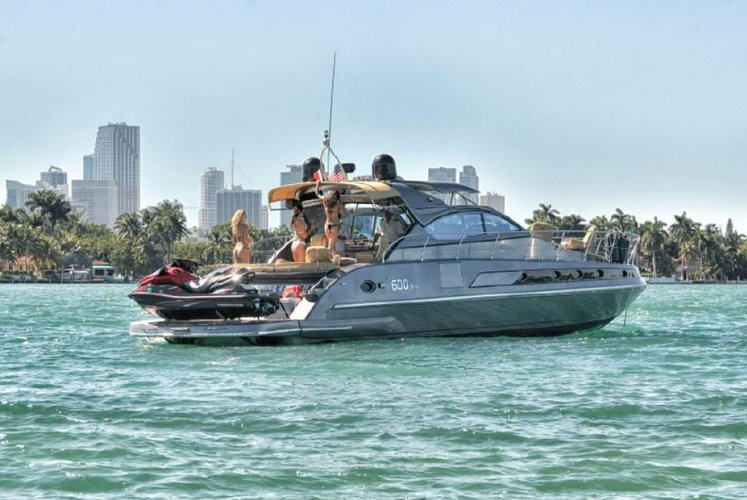 This 60.0' ROGUE cand take up to 12 passengers around Key Biscayne