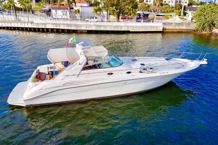 Luxury 45' Sea Ray