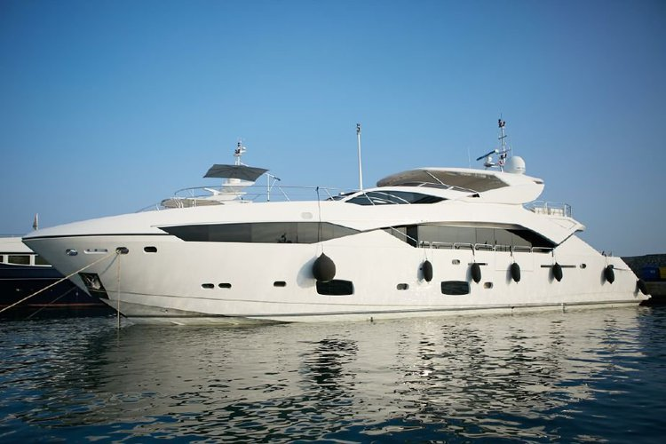 Motor yacht boat rental in Hercule Monaco Cruise Harbor,